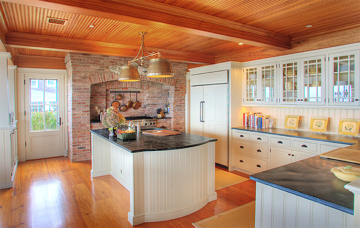 Custom Cabinets: Heritage Kitchen - Nantucket, MA
